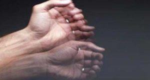 علت لرزش دست و راههای درمان آن
