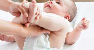 علل اسهال در نوزادان + راههای درمان خانگی اسهال نوزاد