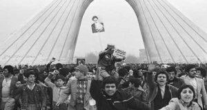 انشا در مورد پیروزی انقلاب اسلامی + تحقیق در مورد دهه فجر