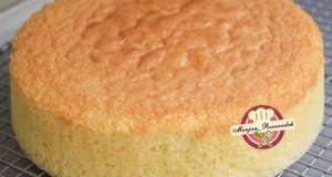 کیک اسفنجی پایه خامه یا گاناش کشی و زیرساز فوندانت