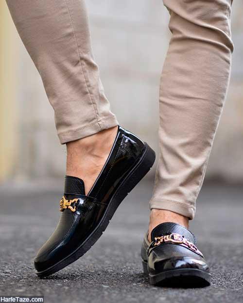 کفش کالج مردانه