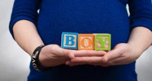نشانه ها و علائم بارداری پسر روی صورت و شکم زن حامله
