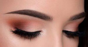 آموزش سایه چشم زدن با پنج مرحله گام به گام تا آرایش حرفه ای
