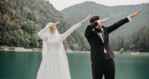 ژست عروس و داماد   عکس عروس و داماد با فیگورهای مختلف در فضای باز