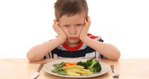 آشنایی با غذاهای مفید و مقوی برای رشد و تغذیه کودکان کم وزن و بد غذا
