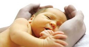 درمان خانگی زردی نوزاد از شیرخشت و ترنجبین تا لامپ مخصوص