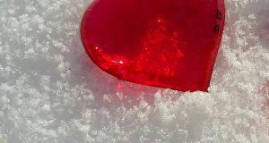 بک گراند زمستانی و برفی بسیار زیبا برای تم موبایل با کیفیت بالا