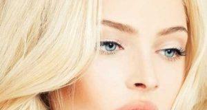 راهنمای آرایش خانم های بلوند چشم رنگی