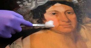 تمیز کردن تابلو نقاشی و نکات مهم در پاکسازی