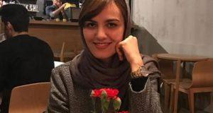 حضور بی حجاب میترا حجازی پور در مسابقات شطرنج جهانی