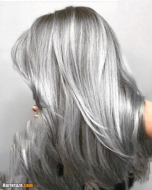 عکسی از رنگ موی خاکستری نقره ای برای عید 1400