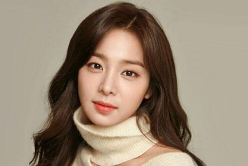 سئول این آه ونگ یون آه بازیگر نقش صیغه اویی در سریال آقای ملکه