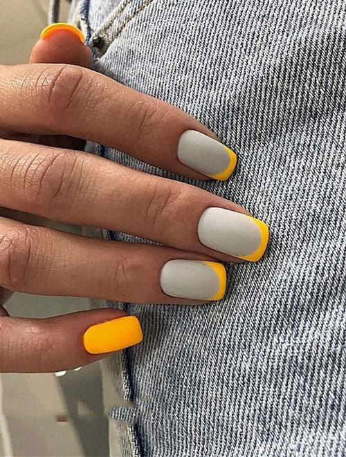 طراحی ناخن ترکیبی خاکستری و لیمویی بهاری