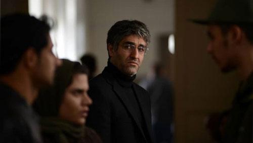 سوال توهین آمیز یک خبرنگار از پژمان جمشیدی در جشنواره فجر 99 + حواشی