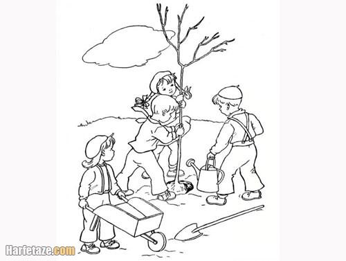 عکس چند تا بچه در حال کاشتن درخت