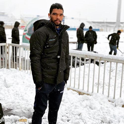 بیوگرافی «عباس بوعذار» فوتبالیست و همسرش + عکس ها