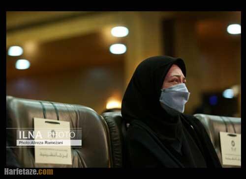 عکس خواهر آزاده نامداری در مراسم چهلمین روز درگذشت وی
