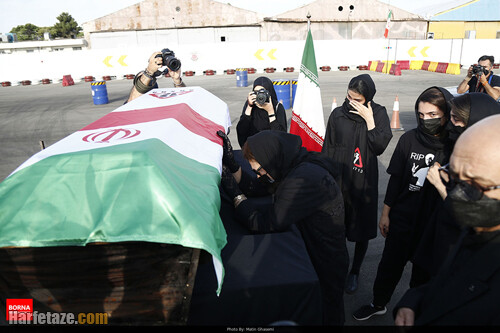 تصاویر خاکسپاری جنازه ارشا اقدسی
