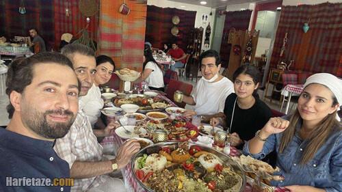 عکس خانوادگی لورفته از همایون شجریان و همسرش سحر دولتشاهی در کردستان عراق