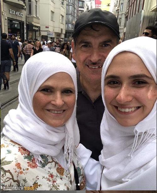 عکس و بیوگرافی پدر و مادر زهرا لاری